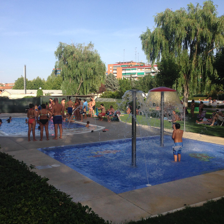 Piscina parque de lisboa for Piscinas en alcorcon